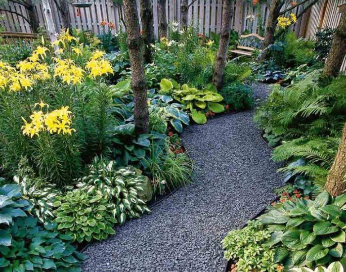 Из чего сделать садовую дорожку: выбор материала